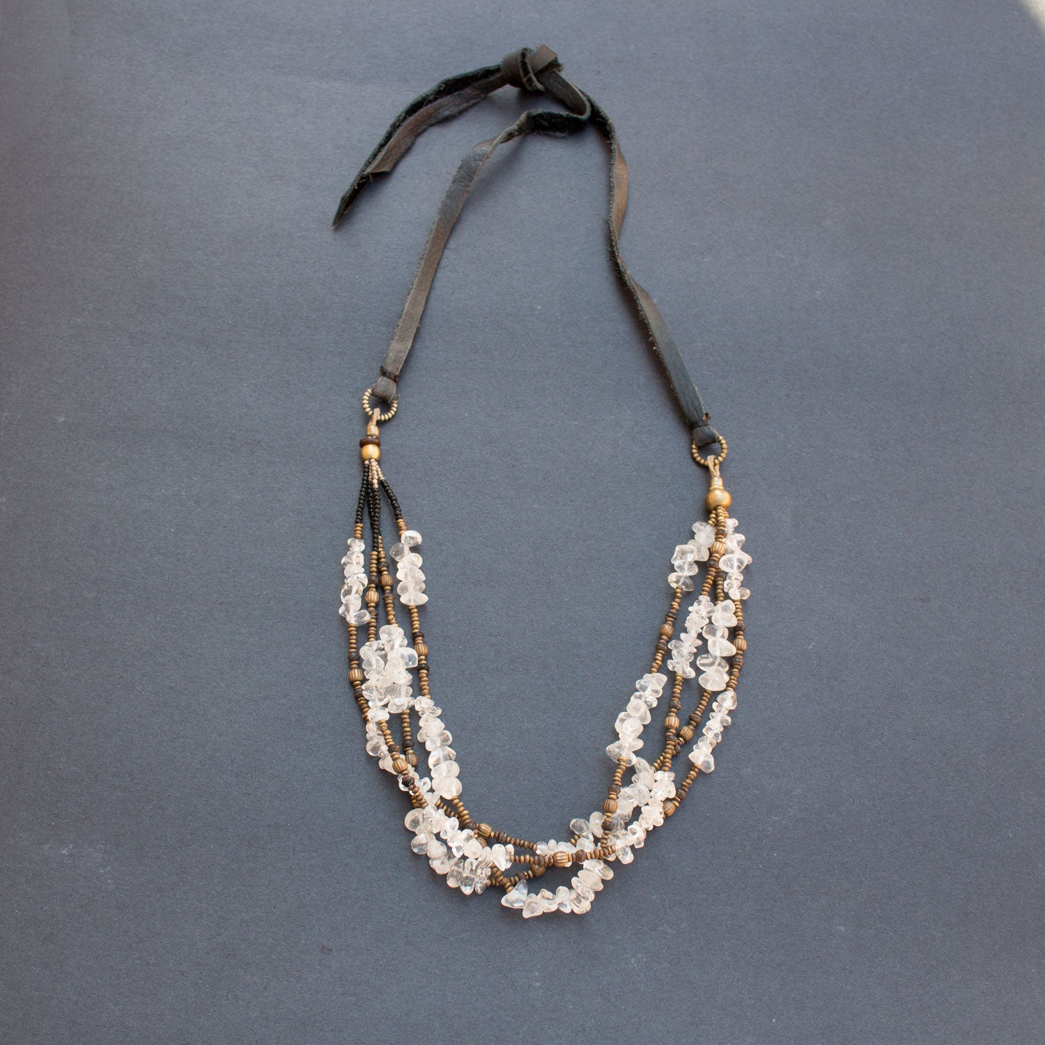 Quartz leather necklace