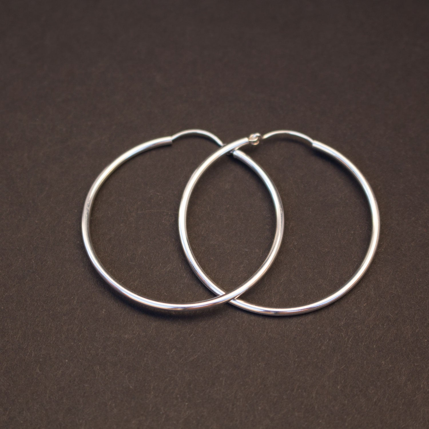 Simple sterling silver hoops