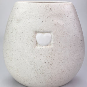 MAVE CREAM WHITE SPECKLED HEART PILLOW FLAT VASE