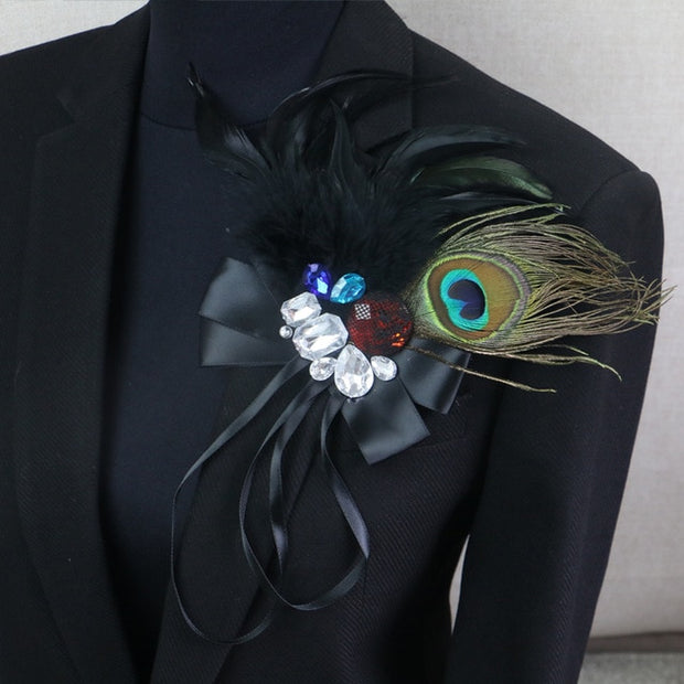 Punk Rhinestone Peacock Feather Boutonniere Clips Collar Brooch Pin Wedding / Business Suits / Banquet Brooch Flower Corsage