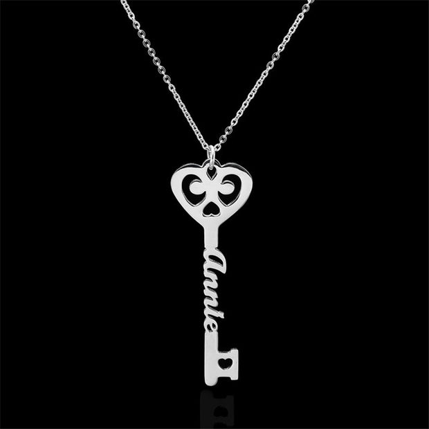 Personalized Name Key Necklace for Women / Men Heart Stainless Steel Wedding Gift / Birthday gift Chain Collier