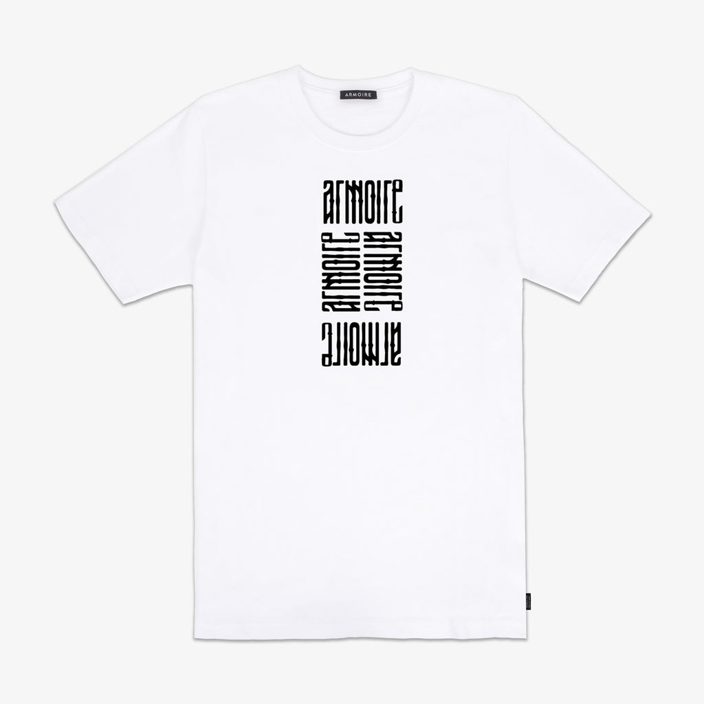 ARMOIRE DIGITAL USAGE STACKED LOGO TEE