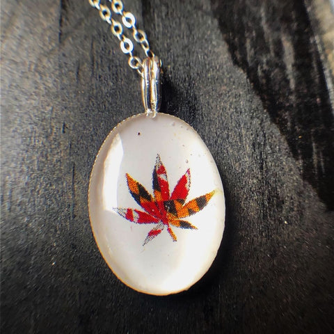 Maryland Flag Leaf Necklace