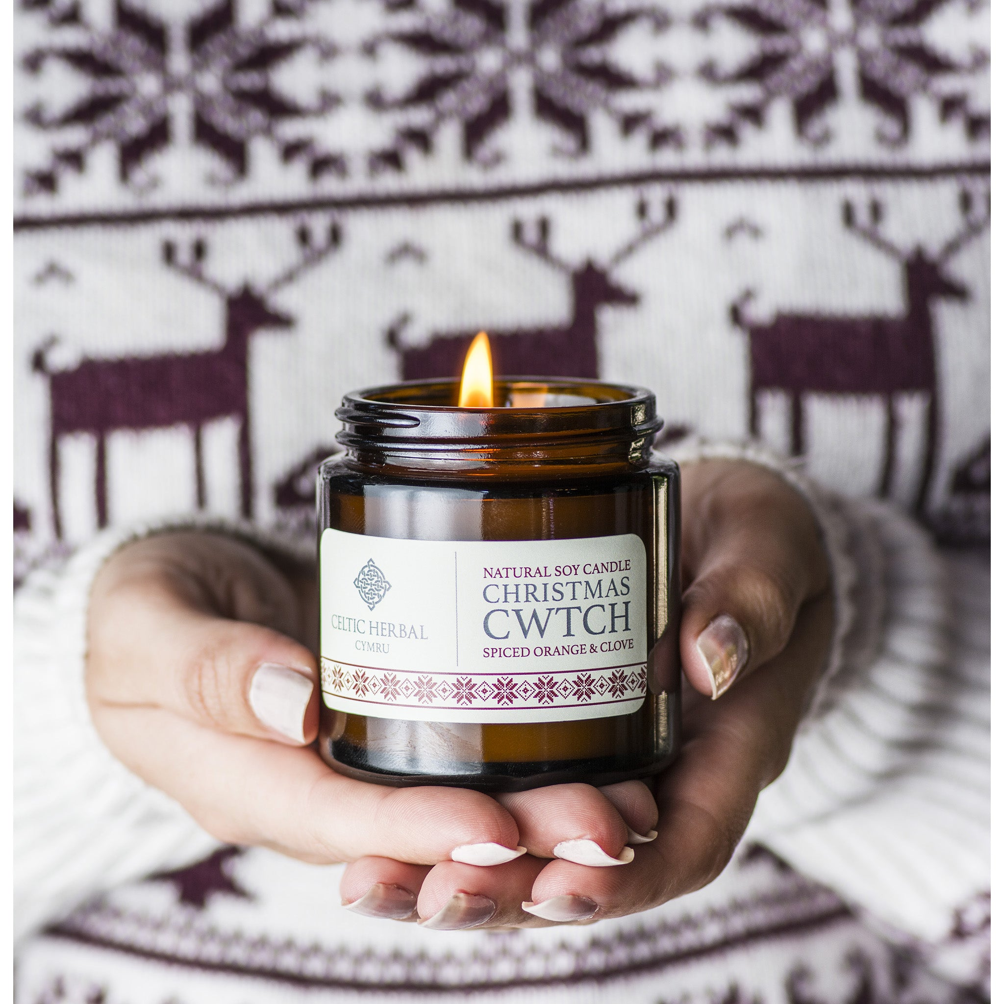 Christmas Cwtch Soy Candle with Spiced Orange & Clove