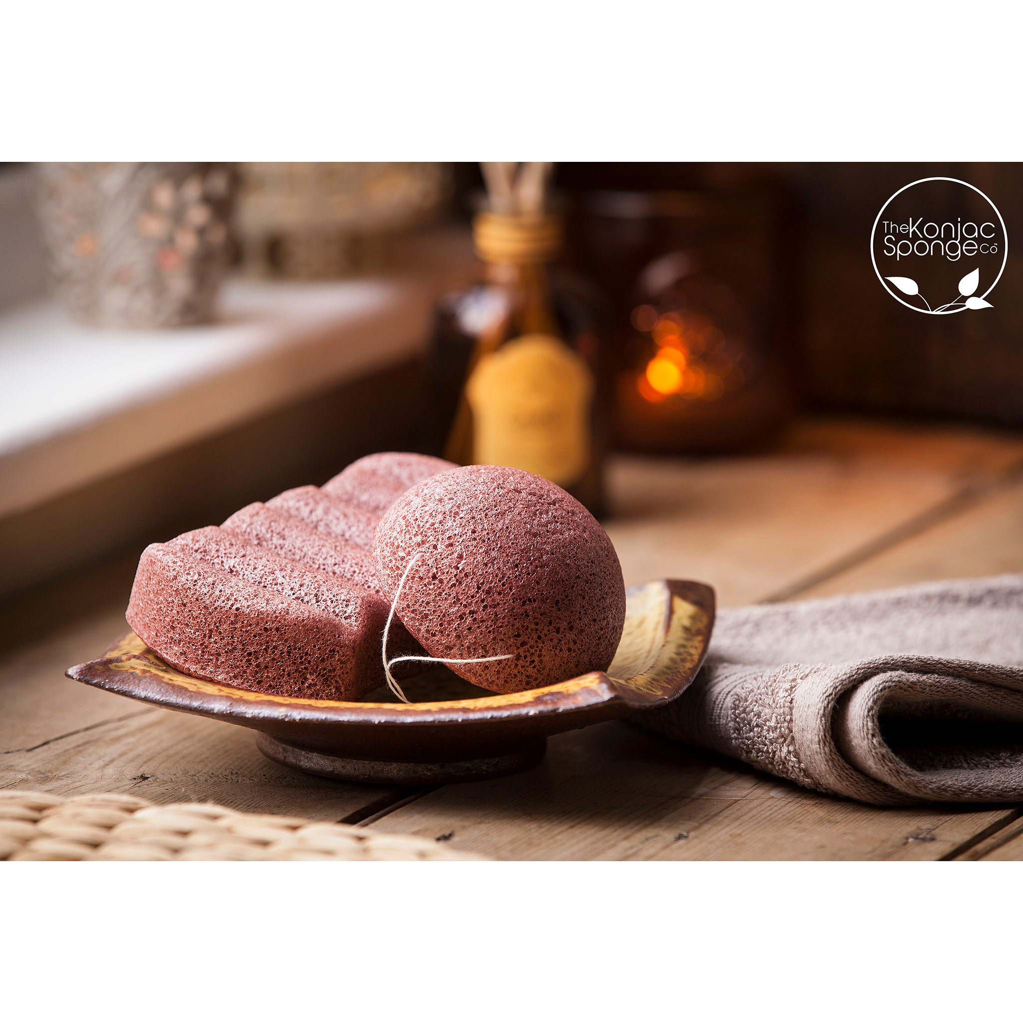 Konjac 6 Wave Body Sponge With French Red Clay