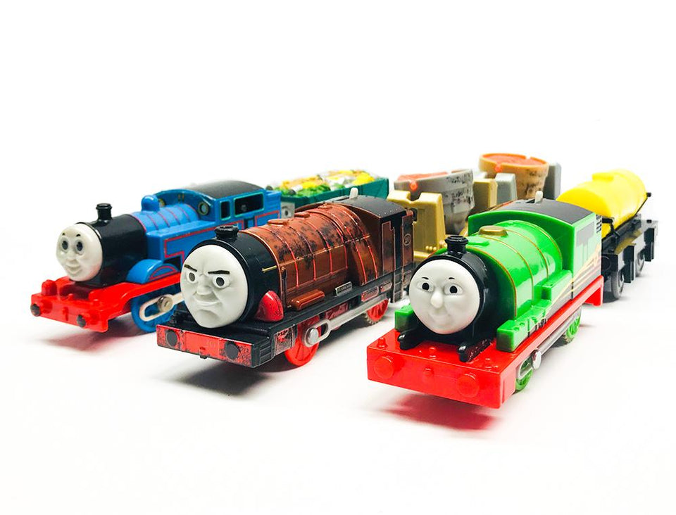 TRACKMASTER & TOMY TRAINS
