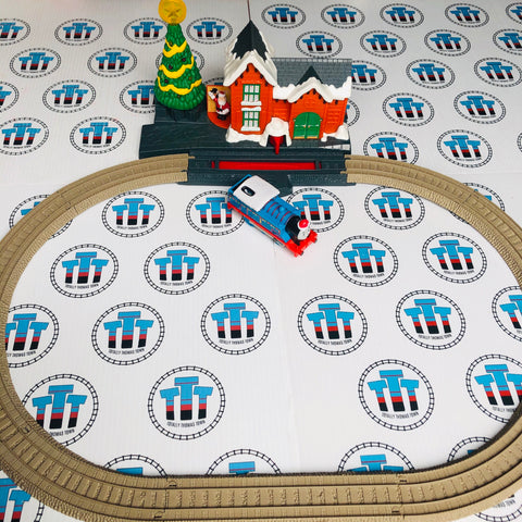 Adapted #2 Thomas Christmas Delivery Set with Lights & Sounds Rare Used - Trackmaster