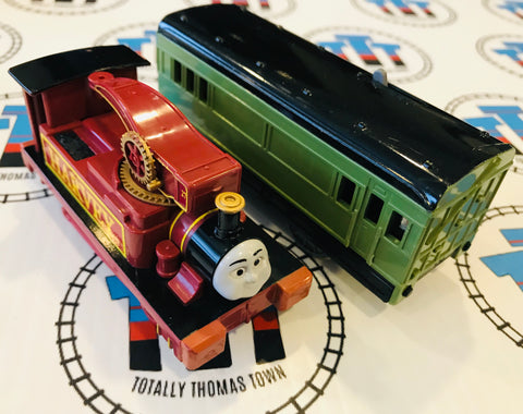 Harvey and Passenger Car Good Condition (2002) Used - TOMY