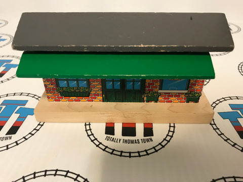 Tidmouth Ticket Booth - Thomas
