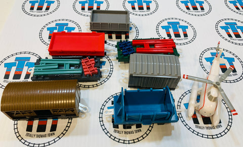 Cargo Cars with broken piece on Harold Used - Trackmaster