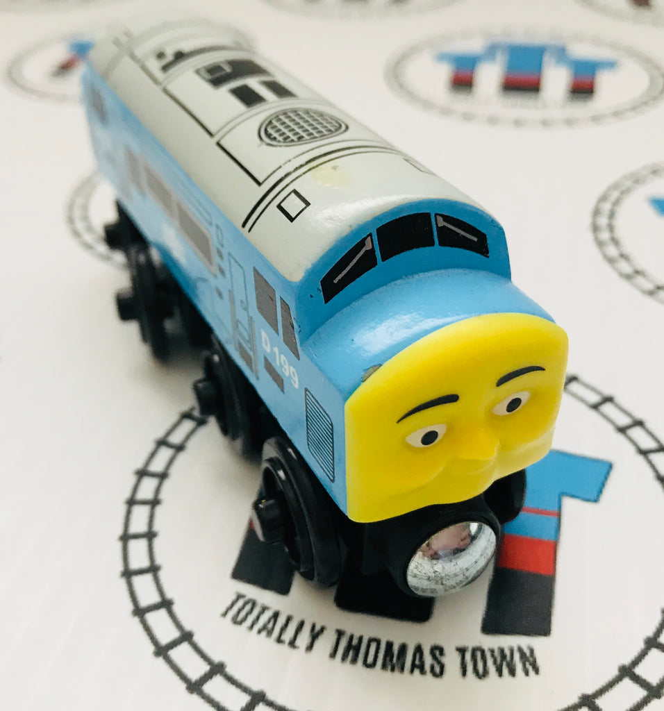 D199 (2012) Very Good Condition Wooden - Used - Totally Thomas Town