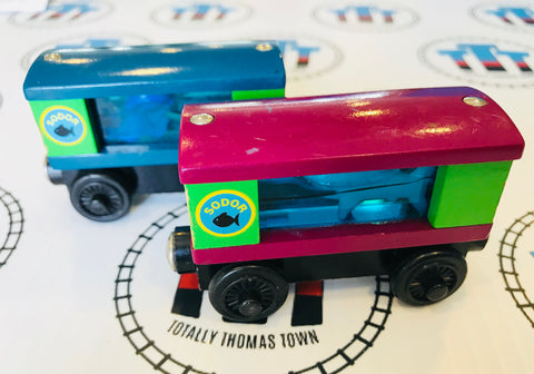 Aquarium Cars Square with Shark and Squid Rare (2003) Good Condition Wooden - Used - Totally Thomas Town