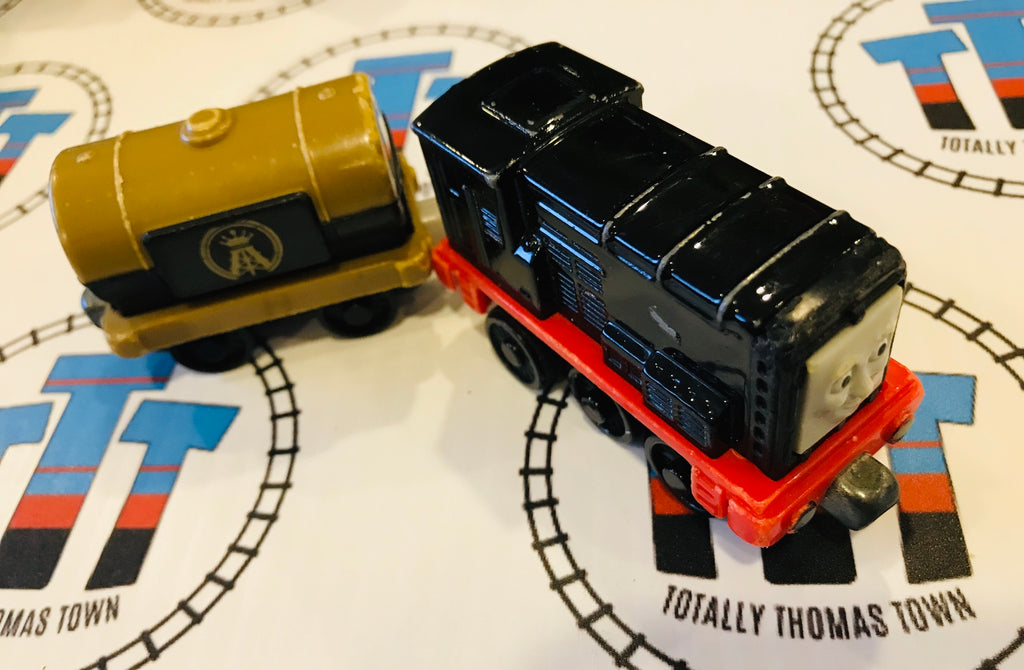 Diesel and Cargo Car Pull and Zoom (2011) Used - Take n Play - Totally Thomas Town