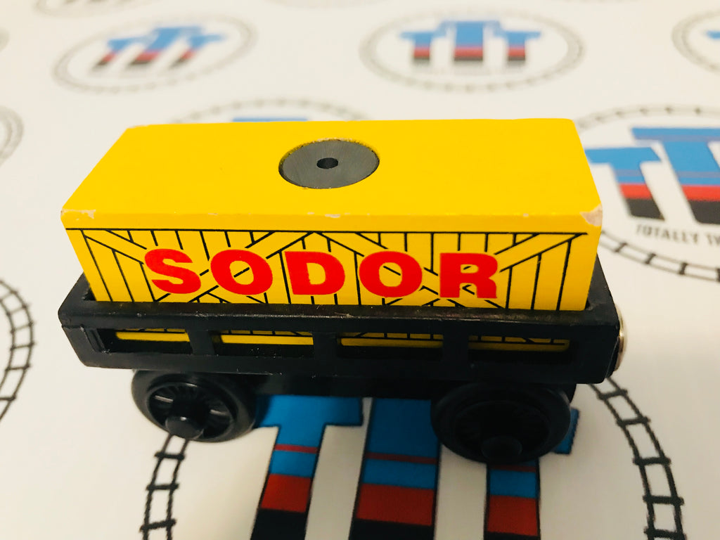 Cargo Car Black with Yellow and Red Cargo Wooden - Used - Totally Thomas Town