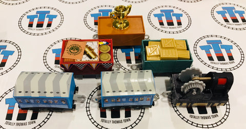 Amazing Cargo Pack 6 Pieces Used - Trackmaster