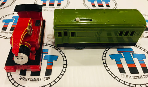 Harvey and Passenger Car Good Condition (2009) Used - Trackmaster - Totally Thomas Town