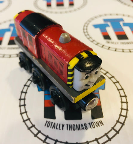Salty (2002) Good Condition Wooden - Used - Totally Thomas Town