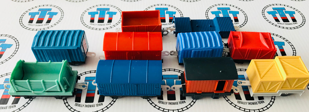 Assorted Cargo Car Grab Bag 10 Pieces Used - Trackmaster - Totally Thomas Town