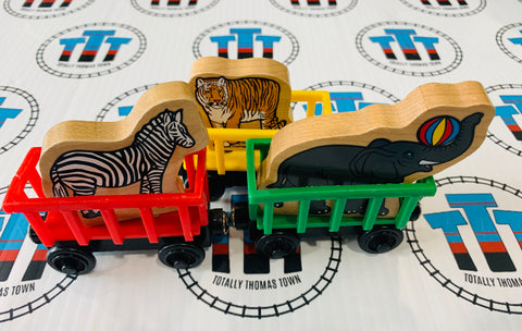 Circus Train with 3 Animals (2003) Good Condition Wooden - Used