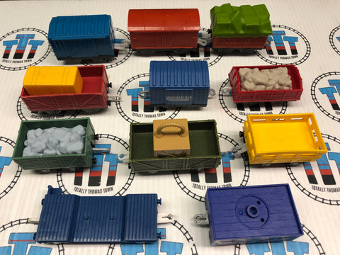 Assorted Cargo Car Grab Bag 11 Pieces Used - Trackmaster