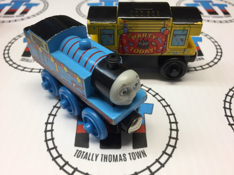 Birthday Thomas & Musical Caboose (2003) Good Condition Wooden - Used - Totally Thomas Town