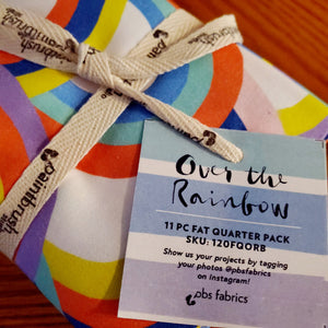 OVER THE RAINBOW (b) fat quarters
