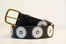 Load image into Gallery viewer, Masai hand-beaded belts