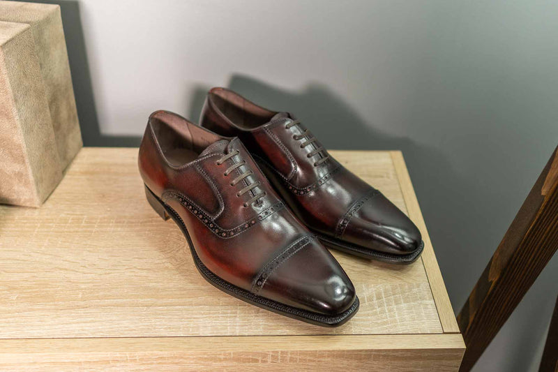 Carlos Santos 8213 Handgrade Quarter Brogue Bordo Shadow 1