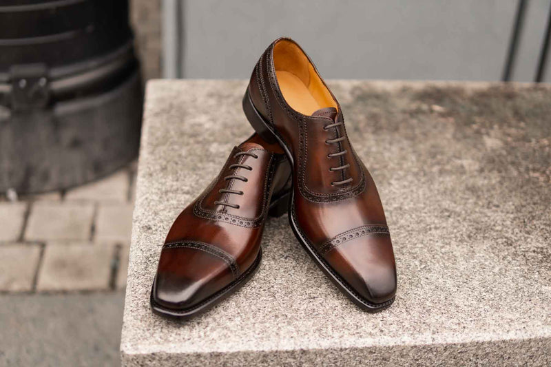 Carlos Santos 8618 Adelaide Oxford in Guimaraes Patina for The Noble Shoe