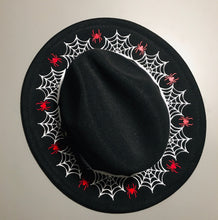 Load image into Gallery viewer, Vegan Felt Hat - Ring of Webs