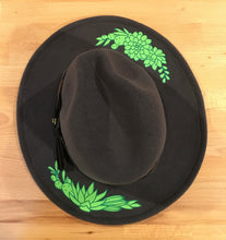 Load image into Gallery viewer, Vegan Felt Hat - Succulents
