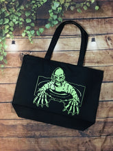 Load image into Gallery viewer, Creature - Large Summer Tote Bag
