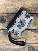 Load image into Gallery viewer, Silver Skull Book Wallet