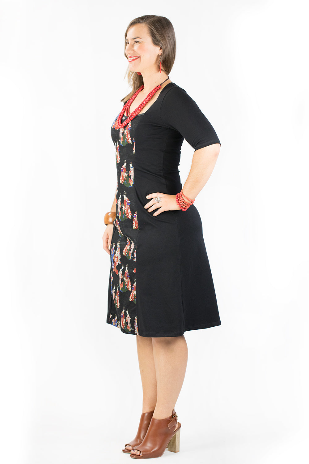 Ginger Dress - Elbow Sleeve - Geisha in Black