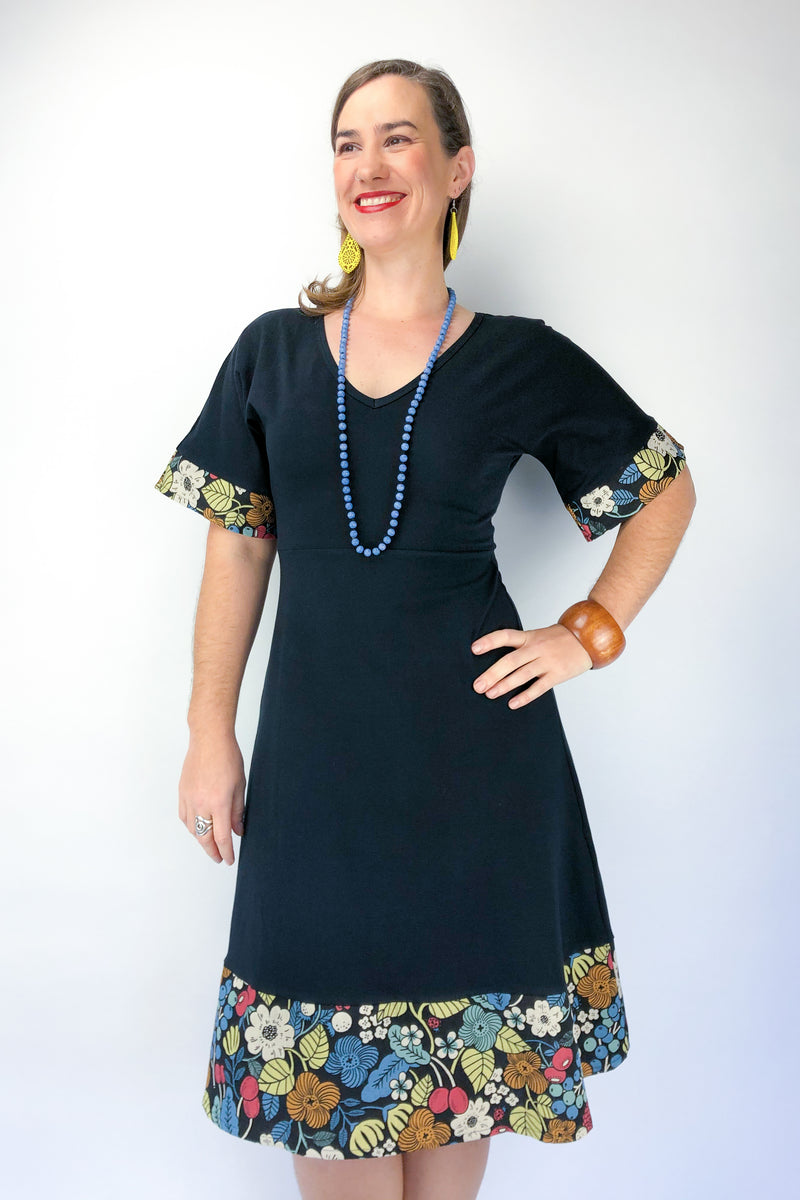 Wattle Dress - Retro Garden in Black