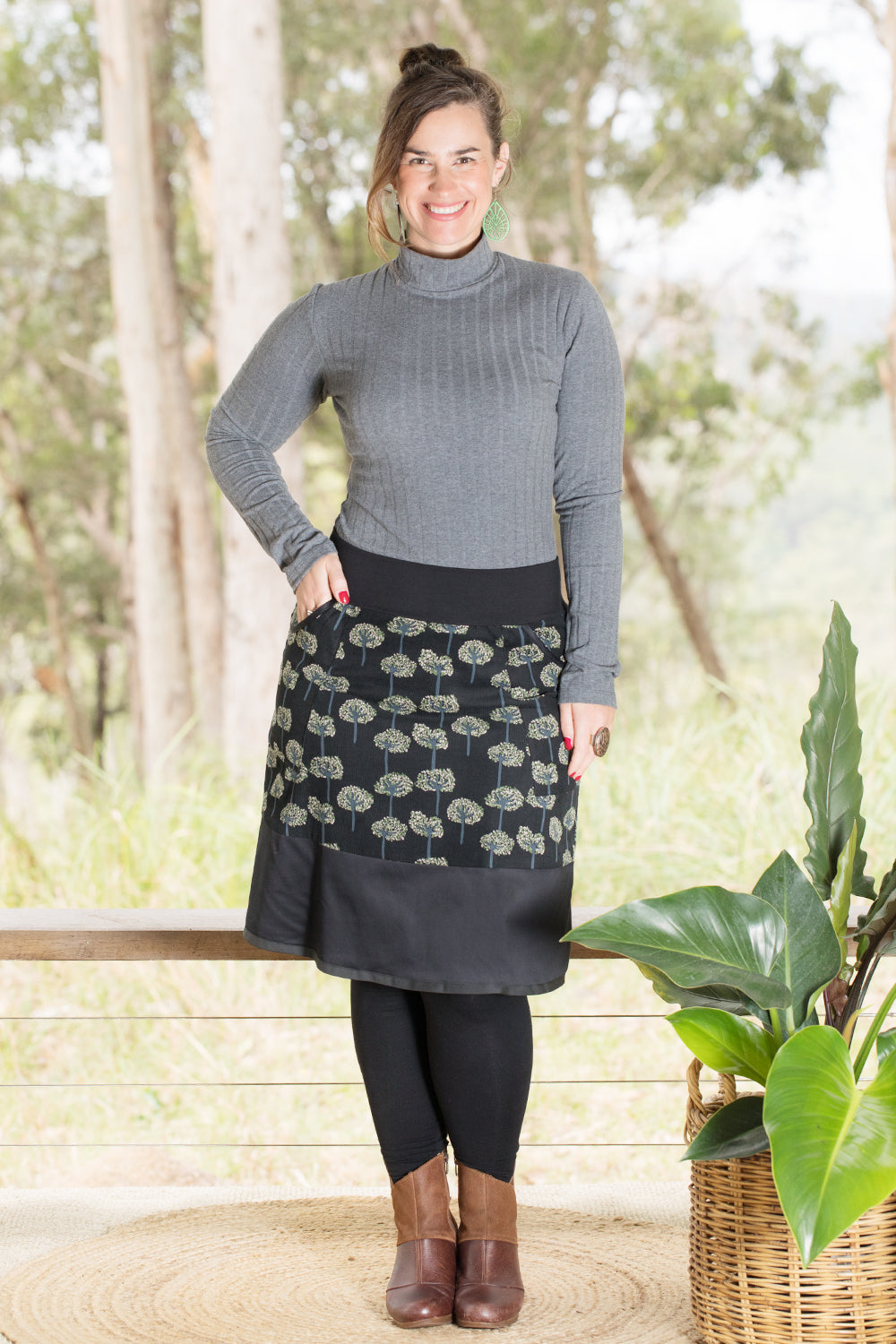 Goji Skirt - Trees in Black Cord (10,16)