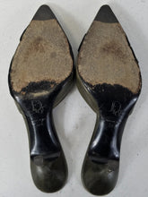 Load image into Gallery viewer, Christian Dior TR0303 Heels - Size 6.5