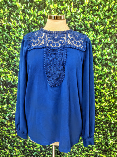 HALOGEN Blue Lace and Crepe Long Sleeve Blouse M