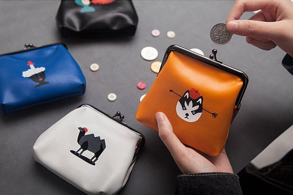 Ball Clasp [Wolf] Coin Purse By YIZI STORE