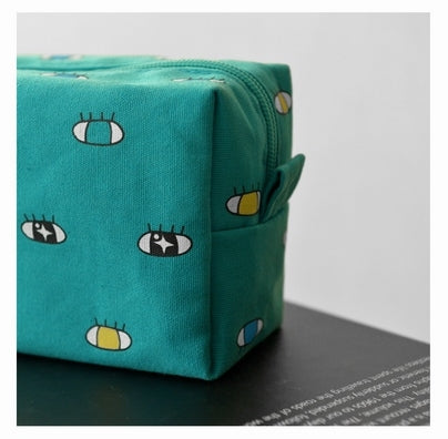 Big [Eyes] Box Pouch By Kiitos Life
