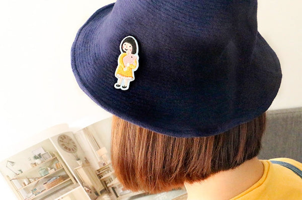 Girl Piggy [Girl With Piggy Plush] Brooch By U-Pick