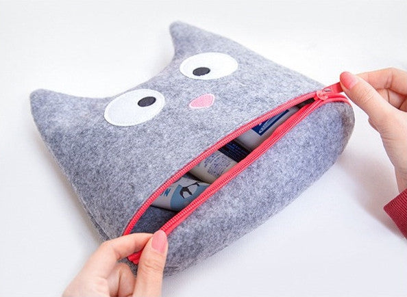 Grey Cat Face Pouch
