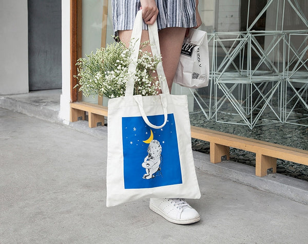 Lion Lifestyle Tote Bag By YIZI