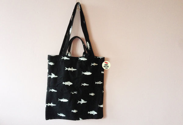 Lifestyle [Fish] Tote Bag By YIZI STORE