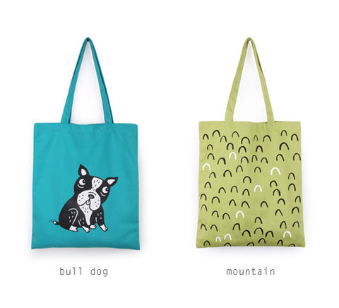 Printed Tote Bag by MOMO