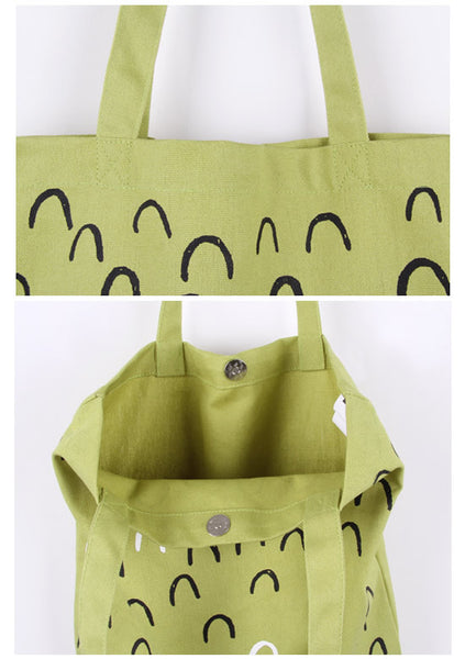 Mountain Printed Tote Bag by MOMO