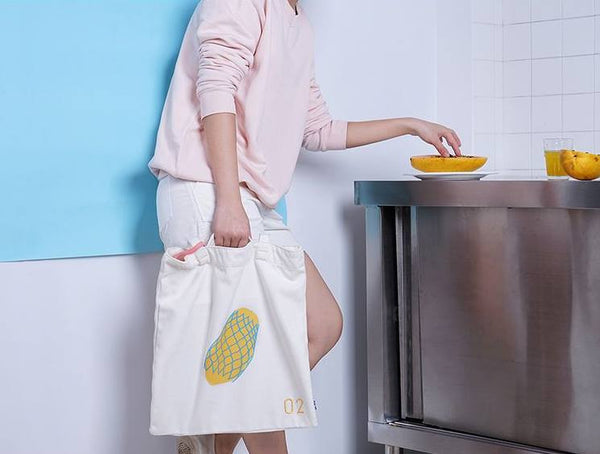 Papaya Fruits Tote Bag By 小野 (Xao Ye)