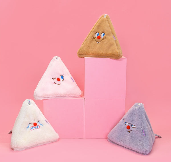Red Nose [White] Triangle Pouch By Bentoy