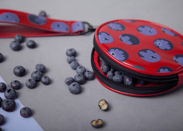 Fruit [Blueberry] Round Pouch by YIZI STORE X KOMESHOP