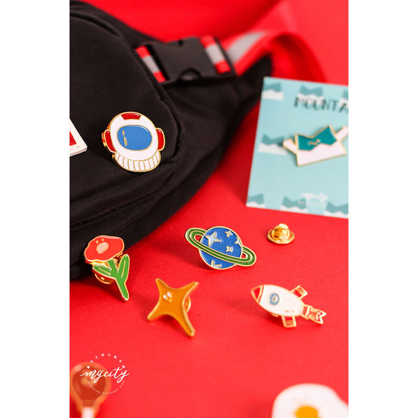 Sparkling Cute [Astronaut] Pin By MGCITY
